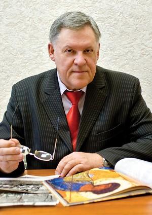 Директор ФМЛ - Сухов Вячеслав Григорьевич